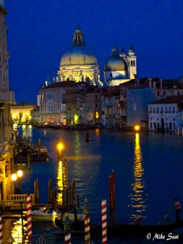 Quiet Venice night