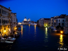Venice settles in for the night